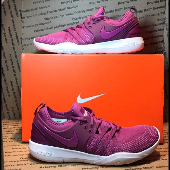 07411b182db31  NIB  Nike Free TR7 Trainers Shoe Berry Size 9